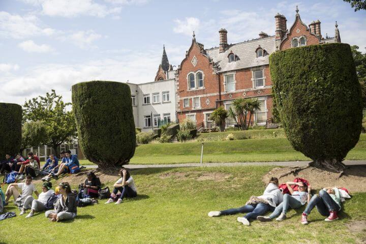 Instalaciones de la escuela en Irlanda - El curso de inglés se organiza en horario de mañana.
