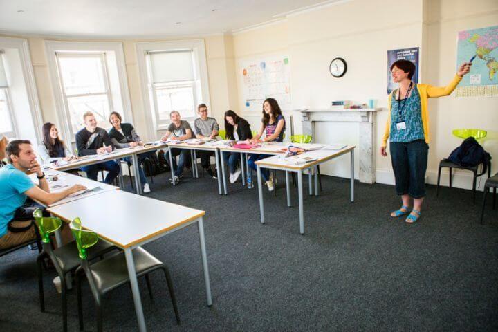 Las aulas - Amplias, luminosas y modernas