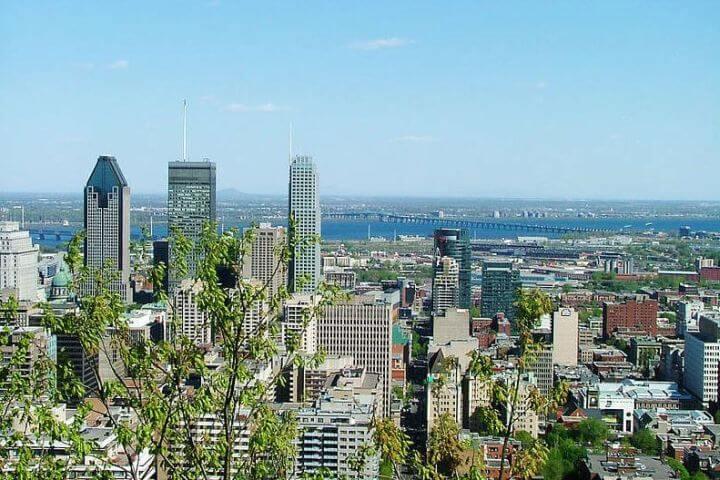 Montreal ciudad de referencia para practicar inglés y francés. - Montreal- Canadá. Puedes elegir curso de francés, inglés o bien combinado ambos idiomas.