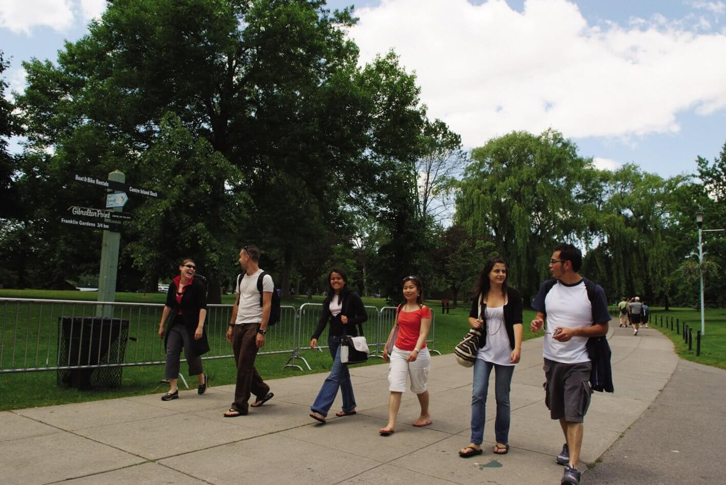 Hacer nuevas amistades - Estudiar en Toronto y encontrar nuevos amigos