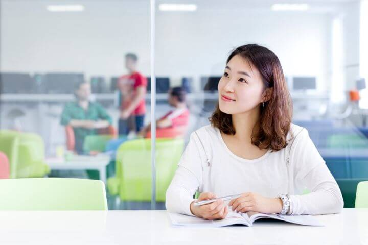Internacional - Estudiantes de todo el mundo