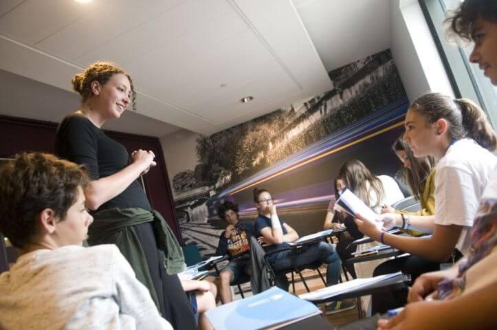 Clases de inglés dinámicas con profesores nativos - Hatfield Londres