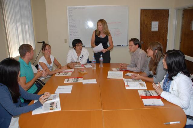 Clases de inglés en San Diego - Profesores de inglés nativos altamente cualificados que dan clases de inglés dinámicas e interactivas