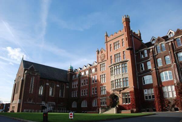 Residencia en St Lawrence Ramsgate - St Lawrence College es una de las top 5 escuelas de idiomas en todo el Reino Unido según el British Council.