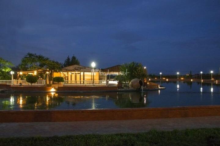 Fantástico complejo que se encuentra situado en un vergel natural. - Situado en la provincia de Alicante a 15 Km del centro de la ciudad.