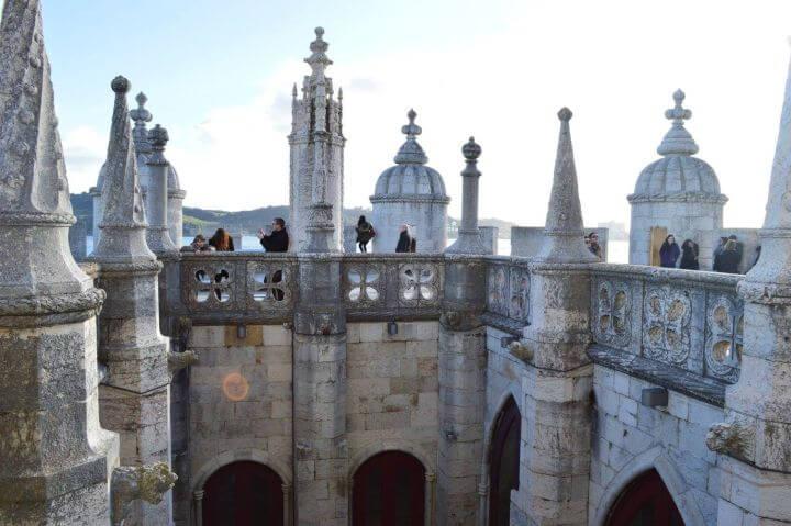 Programa sociocultural completo - Nuestra escuela de portugués en Lisboa ofrece actividades todas las semanas para que conozcas la ciudad junto a tus compañeros. Practica el portugués fuera del aula y vive la lengua.