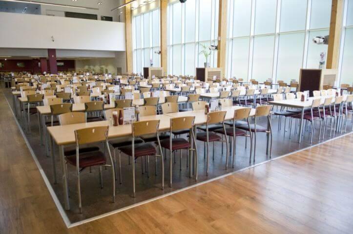 Comedor donde se organizan las comidas - Hatfield Londres