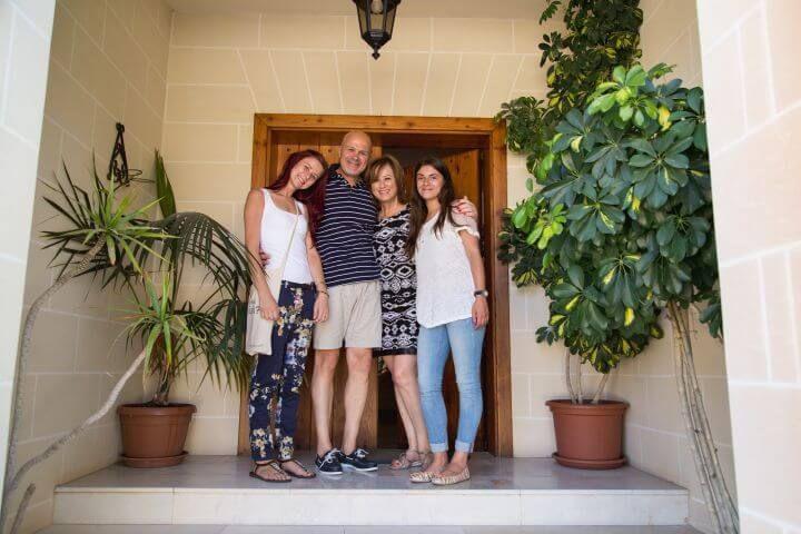 Alojamiento con host family - Vive la vida americana con una familia local