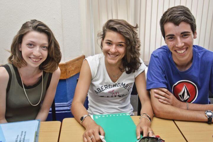 Jóvenes en el extranjero - Cursos en Dublín para jóvenes que quieren ir al extranjero en verano