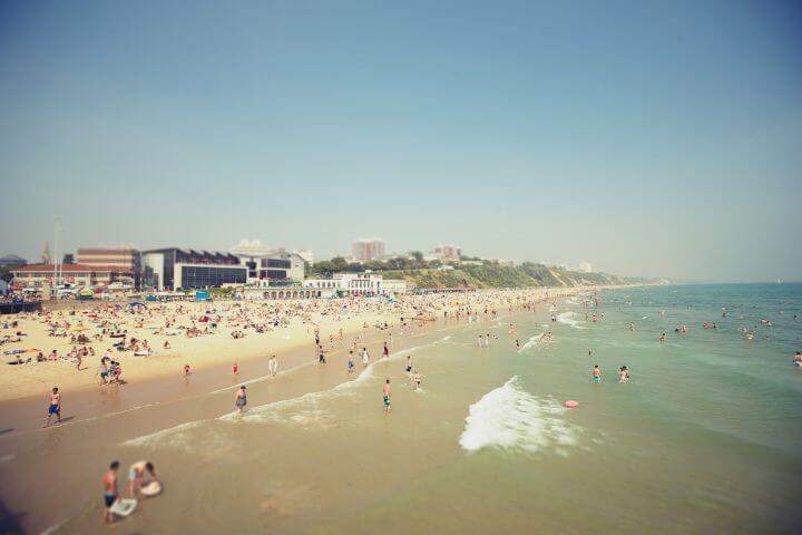 La playa de Bournemouth - La playa de Bournemouth es uno de las más bonitas y grandes de Inglaterra