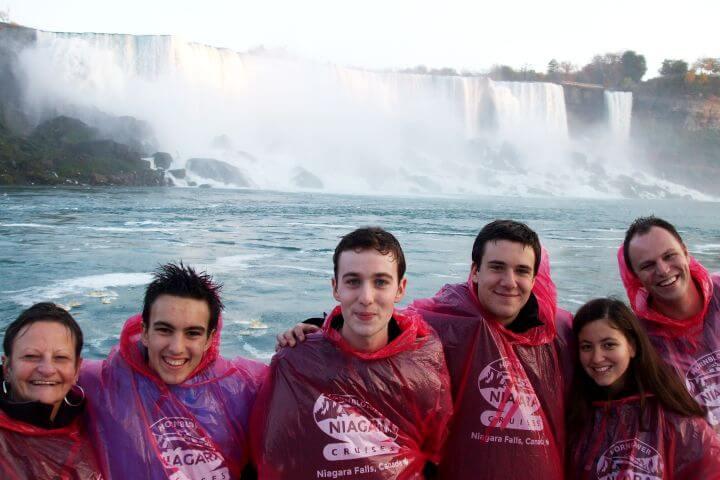 Excursiones escolares - El programa sociocultural de los high school canadienses es amplio y variado: visitarás las cataratas del Niágara, los grandes lagos, las Rocosas, ciudades como Montreal o Toronto...