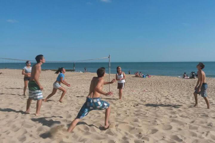 Actividades deportivas, culturales, arte, manualidades - Completo programa semanal para elegir actividades en inglés
