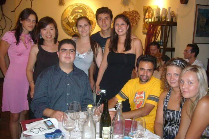 Excursiones y actividades que oferta la escuela. - Practicar italiano fuera del aula y hacer nuevos amigos de otros países.