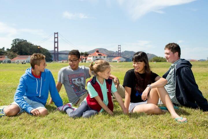 Pasar un tiempo fenomenal con otros estudiantes - Un lugar maravilloso para aprender inglés