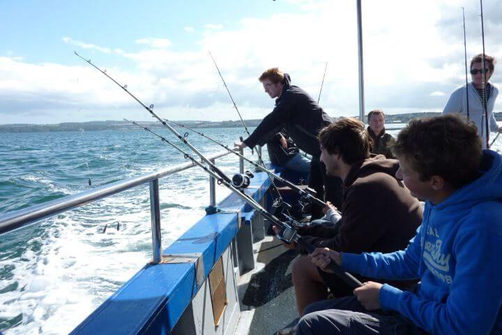 Comparte tu tiempo en inglés - Haz excursiones por mar y por tierra