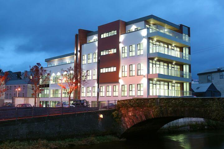 Escuela de inglés en Cork - Ubicada en el centro de la ciudad, a menos de cinco minutos caminando de la calle Patrick.