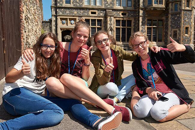 Estudiar juntos con alumnos de todo el mundo - Aprender inglés y encontrar nuevos amigos