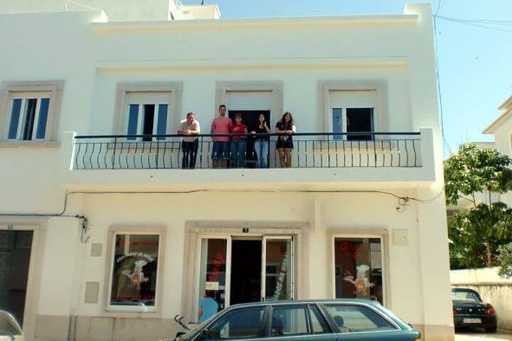 La escuela - La escuela acogedora de Faro