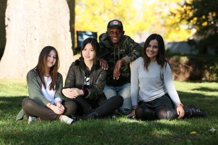 Bachillerato en Canadá - Si quieres estudiar la ESO o bachillerato en Canadá, OTR Idiomas y Viajes te ayudamos a convalidar tu curso escolar en el extranjero