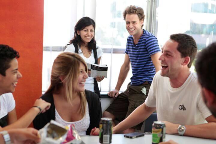 Inglés fuera y dentro del aula - Alumnos llegados de diferentes partes del mundo