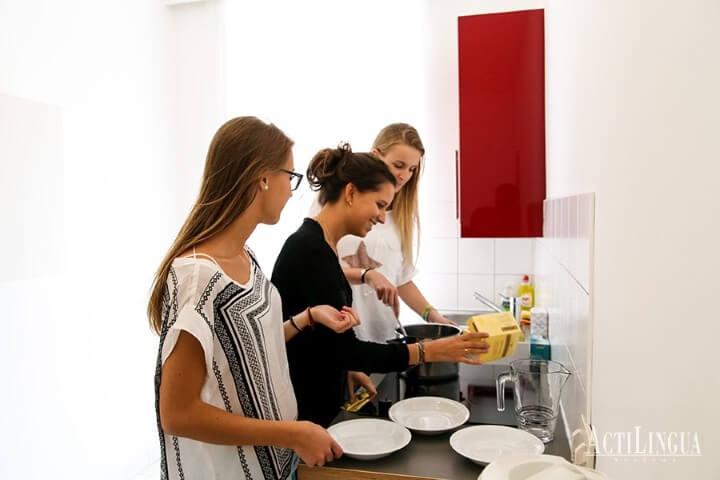 Residencia con cocina compartida -