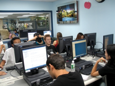 Sala de Ordenadores - ZONI Languages New York, EEUU