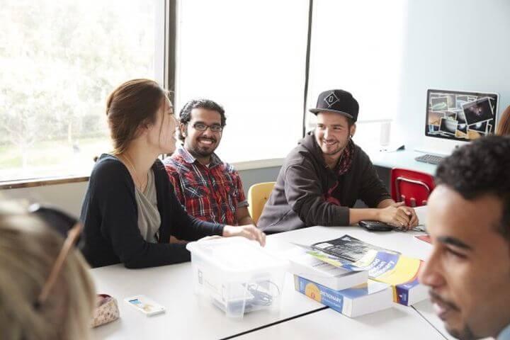 Aprender inglés y encontrar nuevos amigos - Los Ángeles UCLA