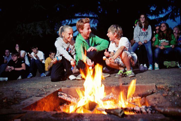 Aventura y deportes en Reino Unido este verano para jóvenes. -