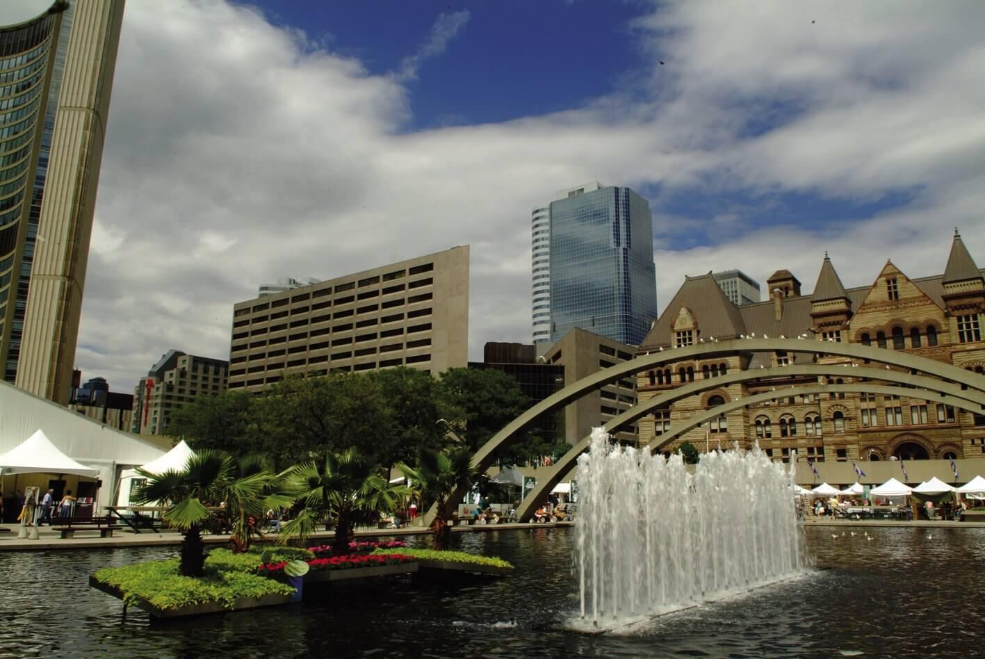 Aprender inglés en uno de las ciudades más hermosas y seguras del mundo - Toronto es una ciudad acogedora y segura, un entorno perfecto para estudiar.