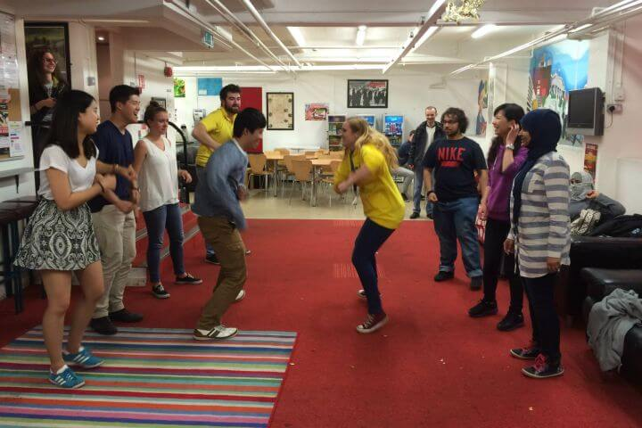 Actividades más allá de las aulas - Talleres variopintos te harán divertirte mientras aprendes