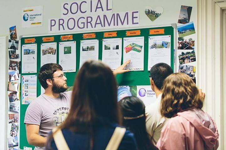 Programa sociocultural - Salidas por Belfast e Irlanda