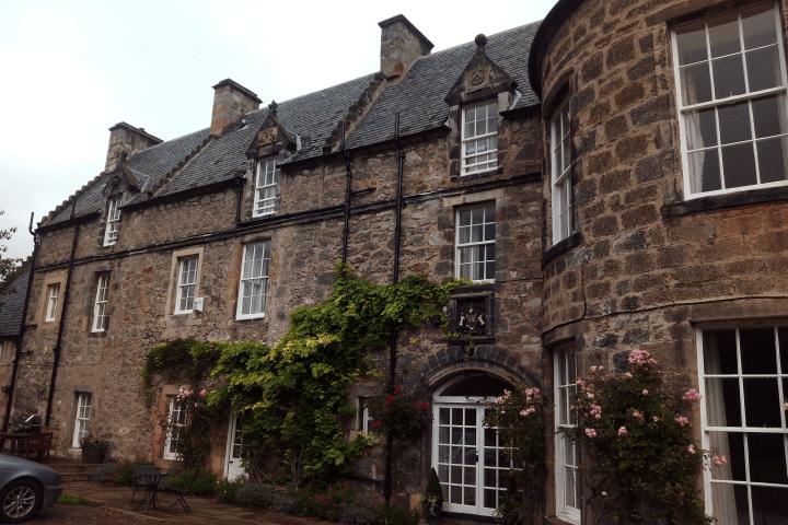 Mejora tu inglés  - Aprende inglés en uno de los lugares más mágicos y amables del mundo: Escocia