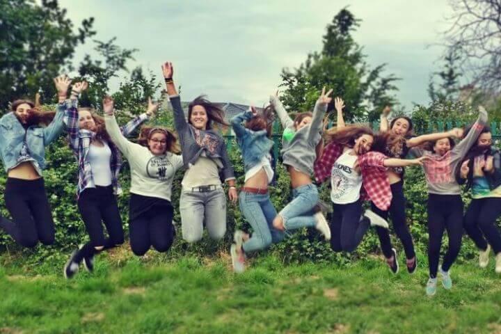 Jóvenes de diferentes nacionalidades - El idioma inglés es la llave que une a los jóvenes en Dublin