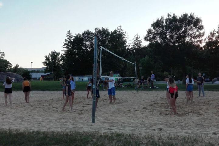 Espacios para hacer deportes - El campus cuenta con mucho espacio para hacer actividades de deportes