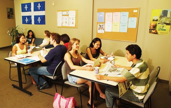 La escuela cuenta con un área de descanso para amenizar la jornada lectiva. -