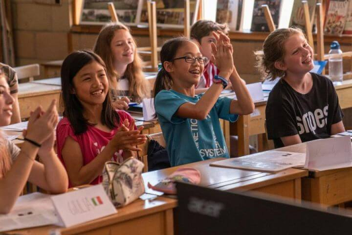 Curso de inglés en Oxfors - Clases con integración con jóvenes británicos en Oxford.