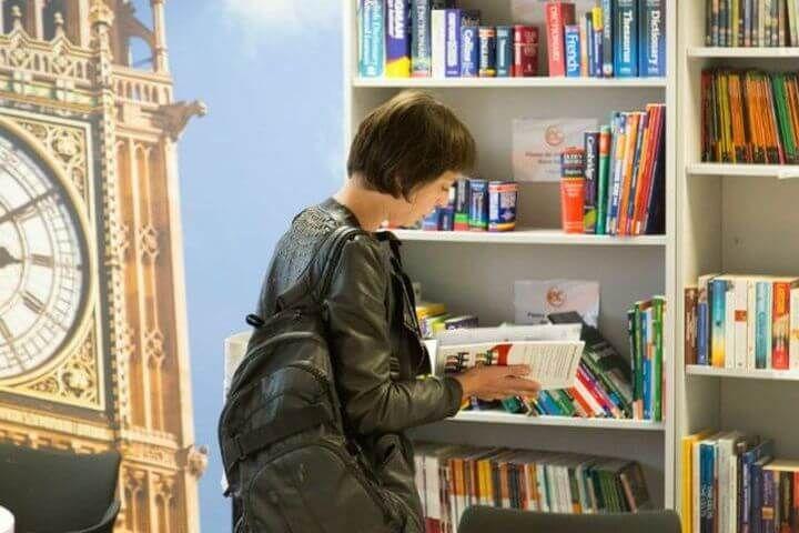 Biblioteca - Aprende inglés fuera de las clases