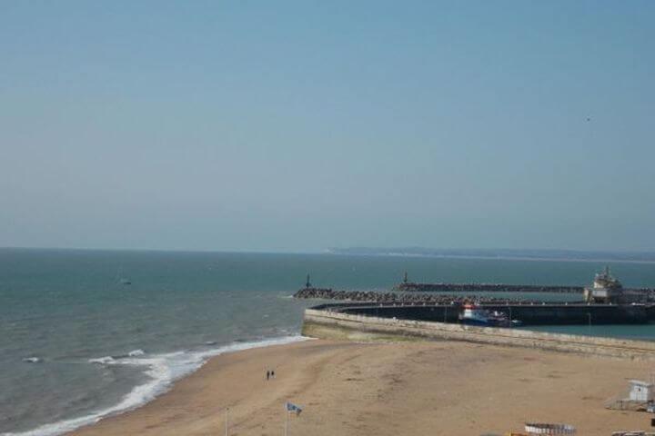 La Playa de Ramsgate está al lado -