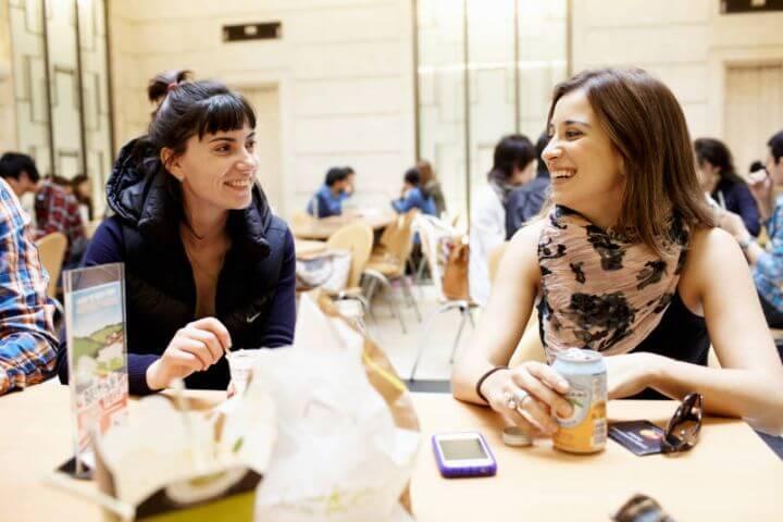 Actividades de ocio y excursiones para conocer Londres - Nuevas amistades de diferentes países