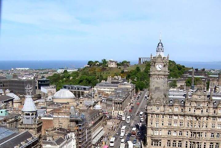 Aprender inglés en uno de las ciudades más bonitas de Europa - Edimburgo es una ciudad bonita y única