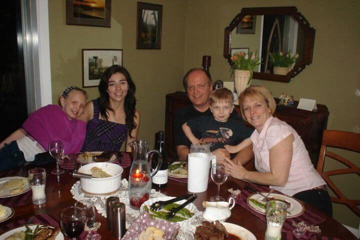 Alojamiento en familia - Elige el idioma de tu host family: inglés, francés o bilingüe