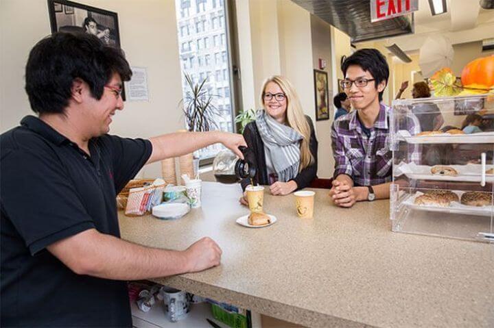 Ocio y tiempo libre - Oferta cultural amplia para socializar con tus compañeros