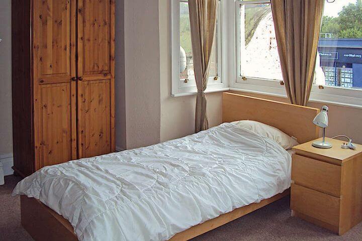 Alojamiento en apartamento o en familia - Comparte tu día a día con una host family o con otros estudiantes