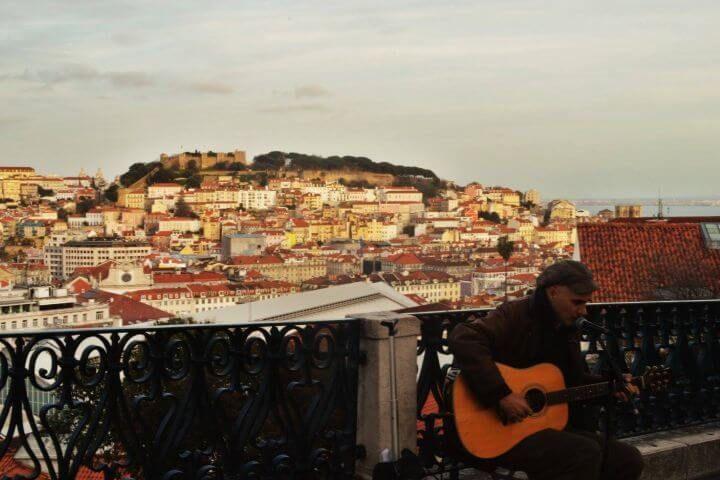 Lisboa: cultura e historia - En Lisboa cada esquina tiene historia, cada recoveco, arte. Estudia portugués en Lisboa, vive la lengua y empápate de cultura en una de las ciudades más antiguas del mundo.