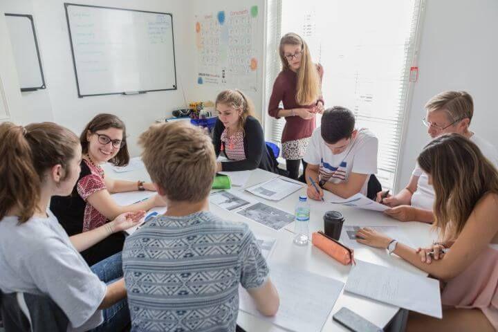 Las aulas - Mezcla de nacionalidades para que puedas practicar inglés