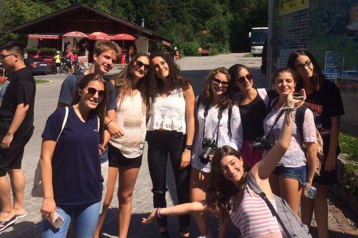 Jóvenes de diferente nacionalidad - Múnich Alemania
