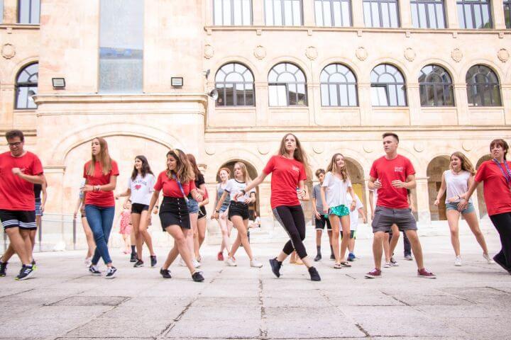 Practica deporte en inglés - Variedad de deportes para compartir y competir con tus compañeros