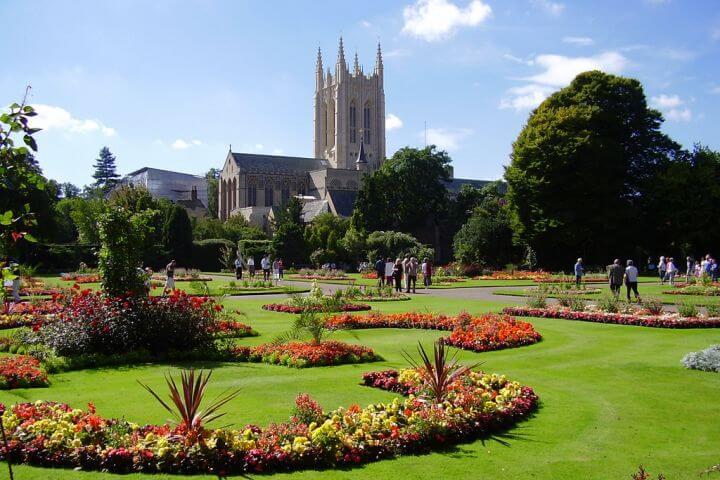 Bury St. Edmunds - Preciosa y acogedora ciudad inglesa en el condado de Suffolk