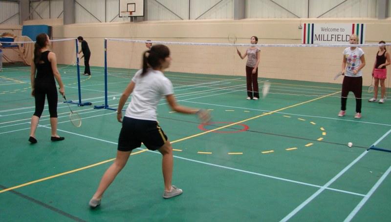 Academía de badminton - Academia de badminton  de la Glastonbury - Juniors
