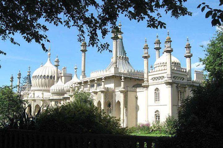 Excursiones a lugares culturales - Descubre la historia y cultura inglesa gracias a las excursiones incluidas en el programa.